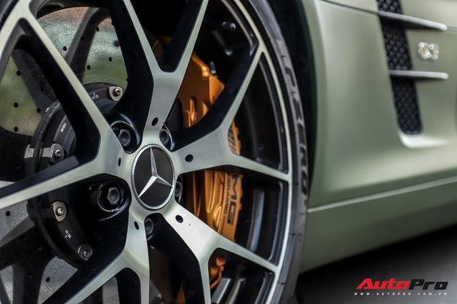 Ông Đặng Lê Nguyên Vũ bất ngờ tậu siêu xe Mercedes-AMG SLS GT Final Edition độc nhất Việt Nam từ nhà chồng Hà Tăng - Ảnh 9.