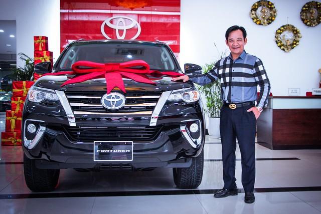 Sao Việt lũ lượt sắm xế bạc tỷ trong năm 2019: Chủ yếu là xe châu Âu với một thương hiệu áp đảo - Ảnh 1.