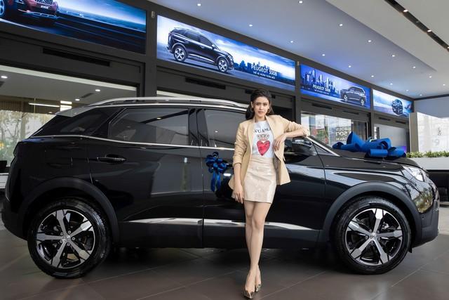 Sao Việt lũ lượt sắm xế bạc tỷ trong năm 2019: Chủ yếu là xe châu Âu với một thương hiệu áp đảo - Ảnh 6.