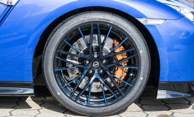 Nissan GT-R phiên bản giới hạn chào hàng đại gia Việt, giá hơn 4,6 tỷ đồng - Ảnh 8.