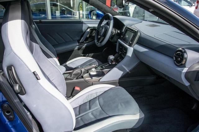 Nissan GT-R phiên bản giới hạn chào hàng đại gia Việt, giá hơn 4,6 tỷ đồng - Ảnh 12.