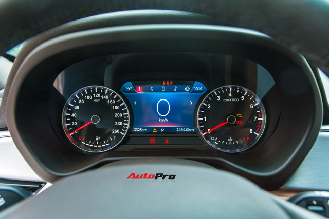 Mới chạy 3.000km, chủ xe VinFast Lux SA2.0 đã bán lại với giá hơn 1,5 tỷ đồng - Ảnh 11.