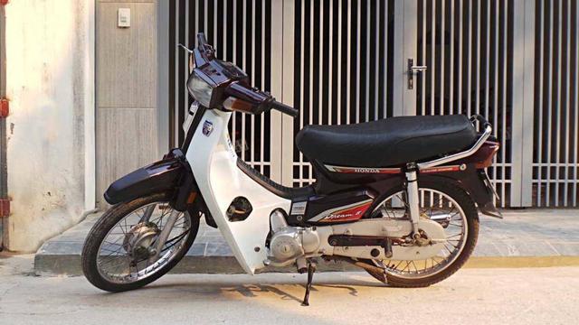 Những mẫu xe máy Thái huyền thoại từng được người Việt săn đón, ước ao - Ảnh 1.