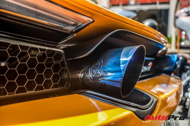 Cận cảnh hệ thống ống xả hàng thửa trị giá trăm triệu đồng trên chiếc McLaren 720S của Cường Đô-la - Ảnh 7.
