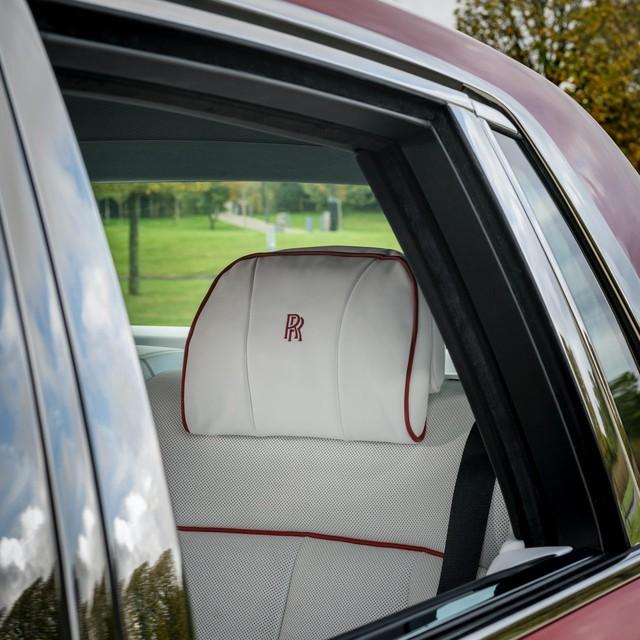 Đỉnh cao chế tác xe: Rolls-Royce Phantom rắc bụi pha lê làm sơn 5 lớp, mỗi lớp đánh bóng 5 tiếng - Ảnh 8.