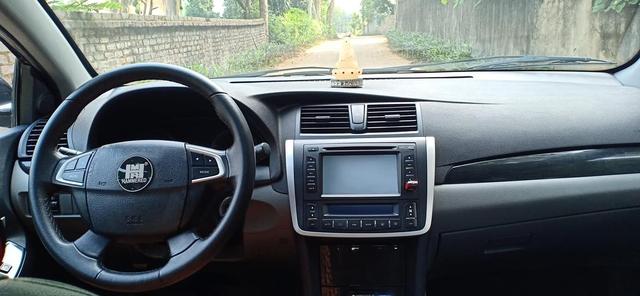 Sedan Zotye độ kiểu Toyota Camry rao bán chưa tới 300 triệu, chủ xe cam kết: Siêu tiết kiệm nhiên liệu - Ảnh 3.