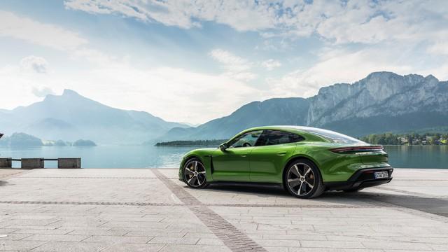 Porsche: Khách hàng Tesla đang đổ xô đi mua Taycan - Ảnh 1.