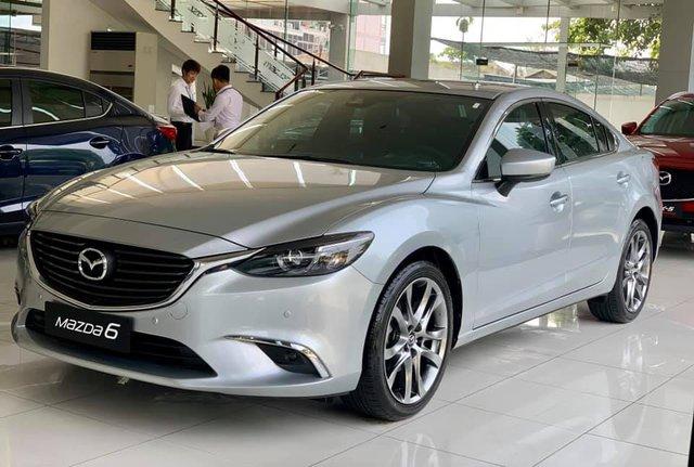 Mazda6 hàng tồn kho giảm giá gần 100 triệu đồng tại đại lý - món hời cuối năm cho khách Việt - Ảnh 1.