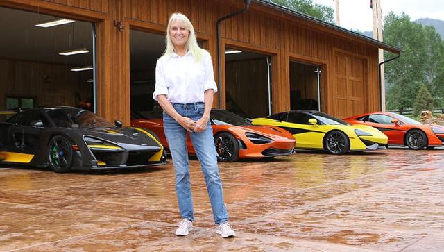 Người phụ nữ giản dị với thú vui... sưu tập siêu xe McLaren - Ảnh 1.