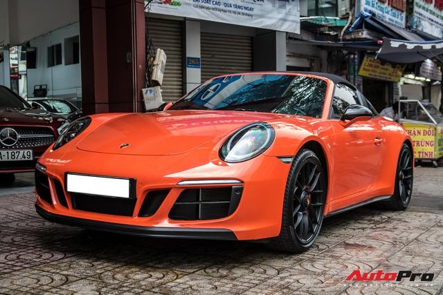 Cận cảnh lớp áo mới trên Porsche 911 Targa 4 GTS độc nhất Việt Nam - Ảnh 4.