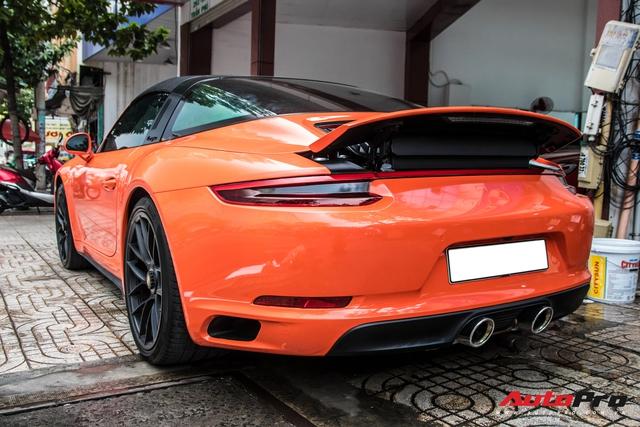 Cận cảnh lớp áo mới trên Porsche 911 Targa 4 GTS độc nhất Việt Nam - Ảnh 6.