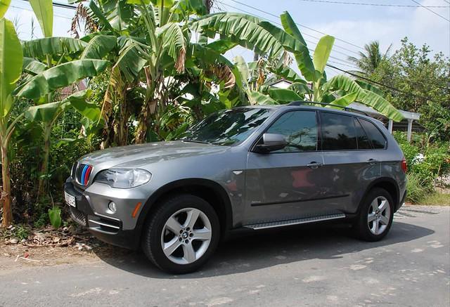 Đắp thêm gần 200 triệu đồng vào chiếc BMW X5 13 năm tuổi, chủ xe đánh giá 'rất hài lòng' dựa trên 8 tiêu chí - Ảnh 3.