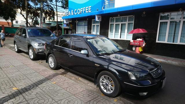Đắp thêm gần 200 triệu đồng vào chiếc BMW X5 13 năm tuổi, chủ xe đánh giá 'rất hài lòng' dựa trên 8 tiêu chí - Ảnh 1.