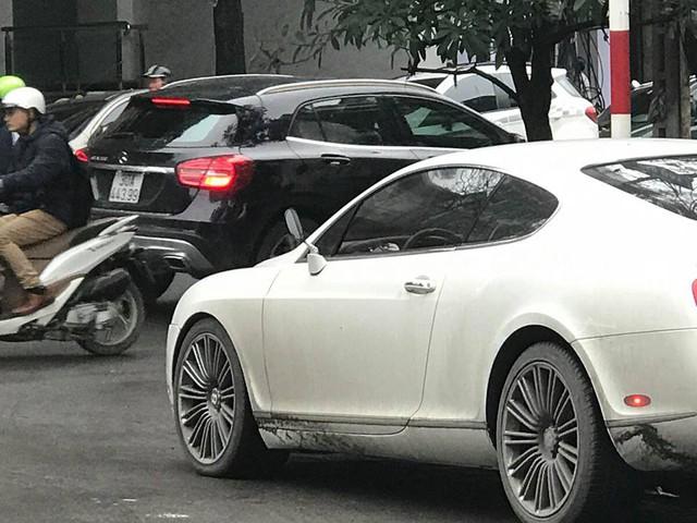 Bentley Continental GT Speed nhọ nhất Hà Nội: 2 mùa Tết bị trộm gương, năm nay còn bị vặt thêm 4 món đồ giá trị khác - Ảnh 4.
