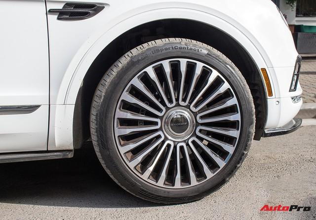 Bentley Bentayga bán lại chỉ hơn 8 tỷ đồng dù kỳ công độ Mansory, body carbon fiber - Ảnh 5.