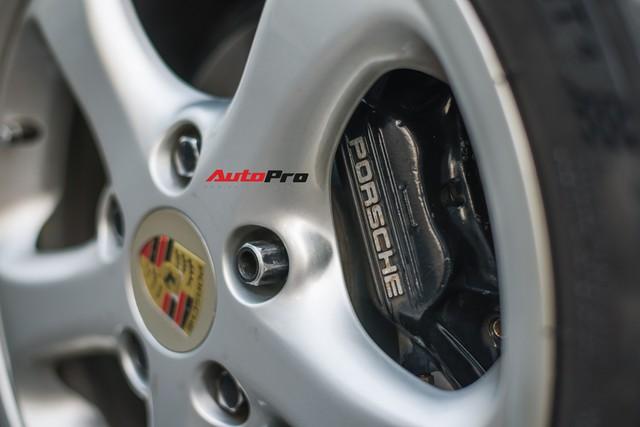 Porsche 964 Carrera 4 của ông Tây mang về Việt Nam 30 năm ra biển mới nhưng câu chuyện phía sau gây tò mò hơn - Ảnh 6.