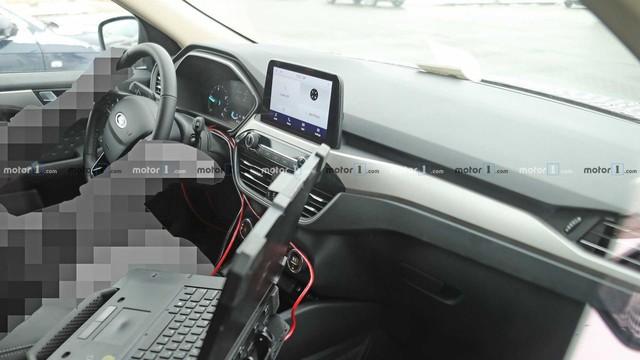 Át chủ bài của Ford để cạnh tranh Honda CR-V lộ thêm ảnh nội, ngoại thất mới - Ảnh 6.