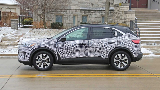 Át chủ bài của Ford để cạnh tranh Honda CR-V lộ thêm ảnh nội, ngoại thất mới - Ảnh 1.