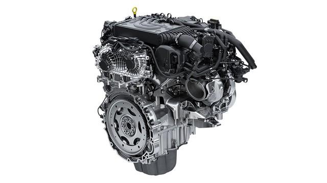 Hàng hot Range Rover Sport HST ra mắt nhưng Land Rover lại khiến khách Việt tiu nghỉu - Ảnh 2.
