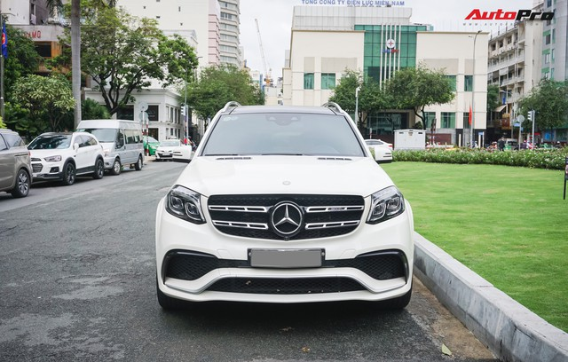 Với một chi tiết khác biệt, chiếc Mercedes-AMG GLS 63 giá 12 tỷ đồng của đại gia Sài Gòn trở nên độc nhất vô nhị tại Việt Nam - Ảnh 2.