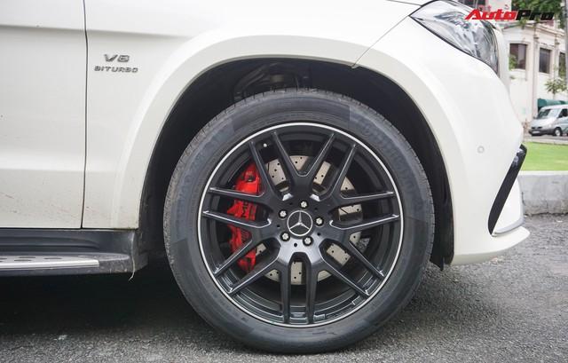 Với một chi tiết khác biệt, chiếc Mercedes-AMG GLS 63 giá 12 tỷ đồng của đại gia Sài Gòn trở nên độc nhất vô nhị tại Việt Nam - Ảnh 7.