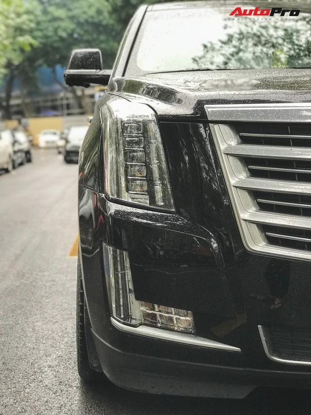 'Khủng long' Cadillac Escalade 'thùng dài' đeo biển số tứ quý 9 phát mãi của đại gia Hà thành - Ảnh 6.