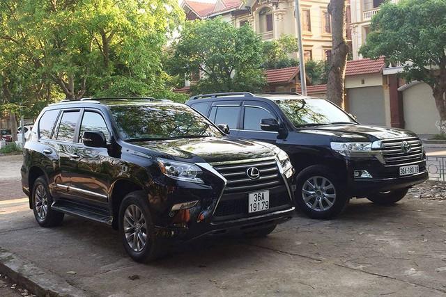 Dàn xe khủng biển đẹp của đại gia Thanh Hoá - những 'fan cuồng' Lexus và Toyota - Ảnh 4.