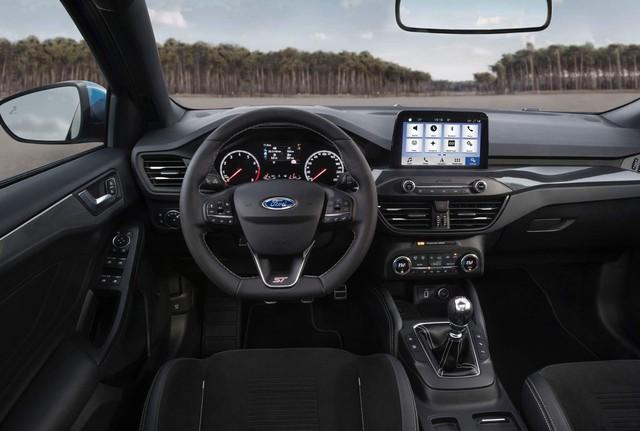 Ford Focus ST 2019 bất ngờ trình diện - Ảnh 7.