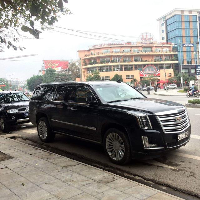 Dàn xe khủng biển đẹp của đại gia Thanh Hoá - những 'fan cuồng' Lexus và Toyota - Ảnh 11.