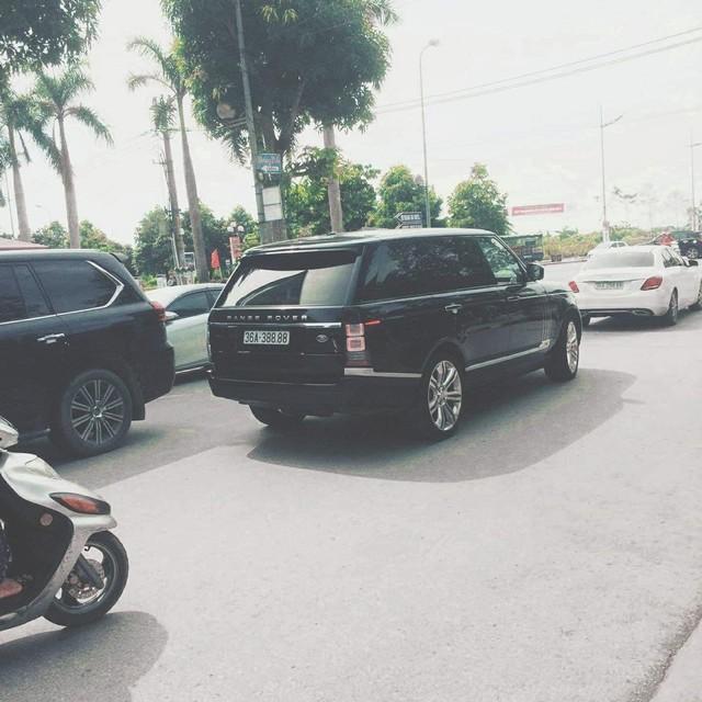 Dàn xe khủng biển đẹp của đại gia Thanh Hoá - những 'fan cuồng' Lexus và Toyota - Ảnh 9.