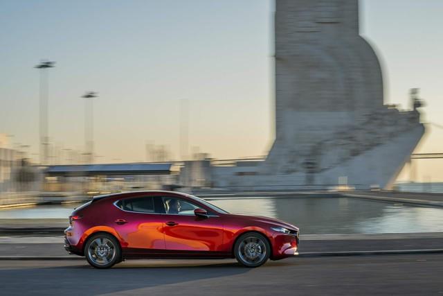 Mazda3 thế hệ mới bất ngờ đánh tụt doanh số của Mazda như thế nào? - Ảnh 2.