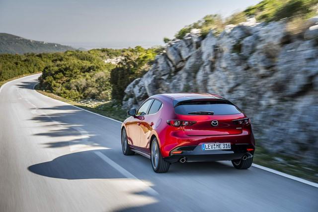 Ra mắt Mazda3 2019 bản châu Âu khiến fan Việt Nam càng thêm ngóng chờ - Ảnh 3.