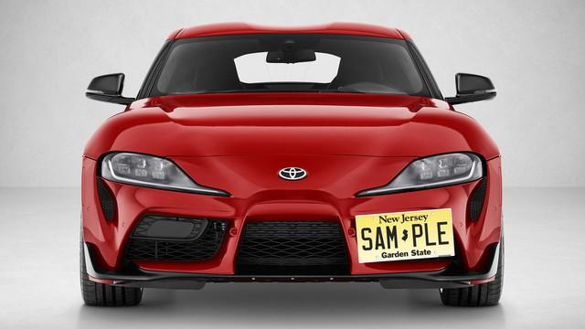 Bài toán khó cho chủ xe Toyota Supra mới: Lắp biển xe vào đâu bây giờ?? - Ảnh 3.