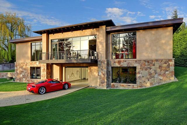 Những garage xe đáng mơ ước nhất thế giới - Ảnh 4.