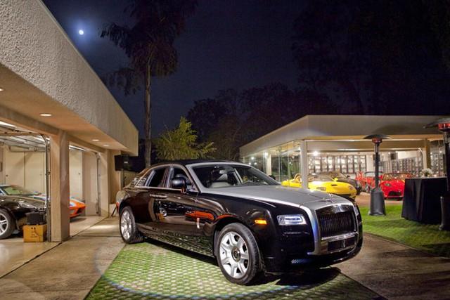 Những garage xe đáng mơ ước nhất thế giới - Ảnh 10.
