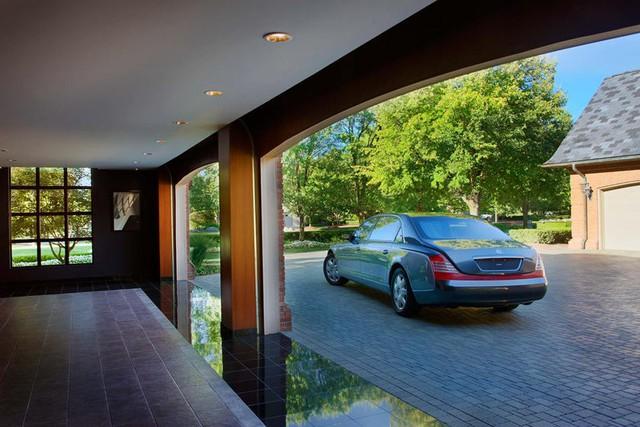 Những garage xe đáng mơ ước nhất thế giới - Ảnh 12.