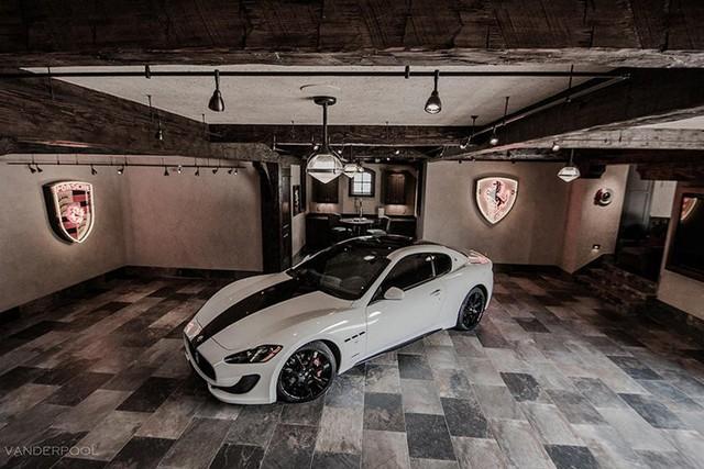 Những garage xe đáng mơ ước nhất thế giới - Ảnh 16.