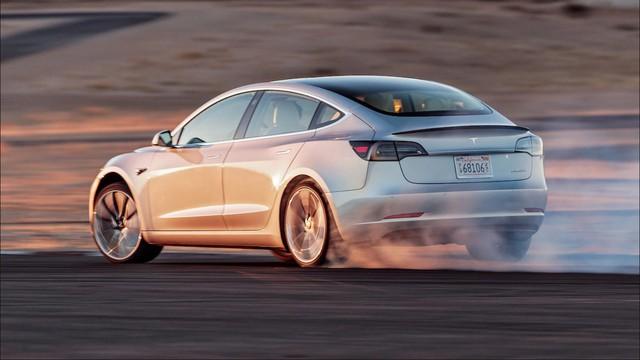 Tesla Model 3 và hiện thực đáng báo động cho các hãng xe sang Mỹ - Ảnh 1.