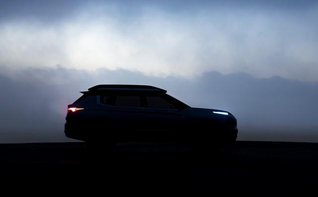 Mitsubishi hé lộ xe lạ nhưng Outlander Sport mới được quan tâm hơn - Ảnh 1.