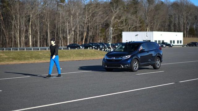 BMW X1 đạt 0 điểm trong bài kiểm tra an toàn mà Honda CR-V được siêu việt - Ảnh 3.