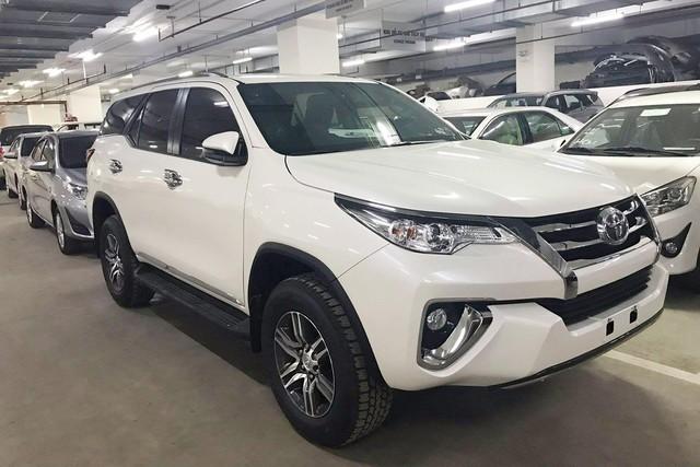 Toyota Fortuner 2019 sắp lắp ráp tại Việt Nam - cơ hội giá rẻ, hết 'lạc kèm bia'? - Ảnh 1.