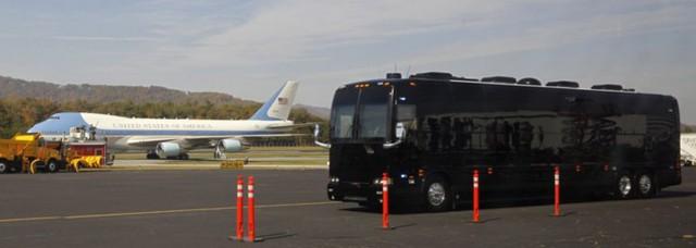 Ngắm siêu xe buýt của Tổng thống Mỹ - Ảnh 4.