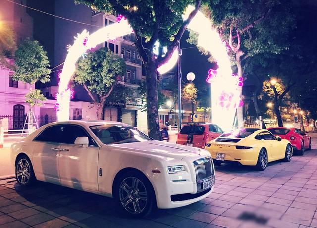 Đại gia đồng hồ chục tỷ Hà Nội sắm bộ đôi xe khủng, thêm Lamborghini Aventador Roadster thứ 2 độc hơn chiếc trước - Ảnh 4.