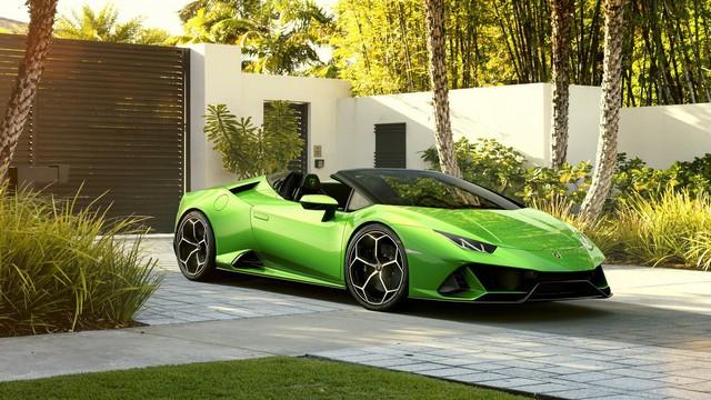 Lamborghini Huracan Evo mui trần ra mắt: Siêu xe có điểm gợi nhớ tới McLaren