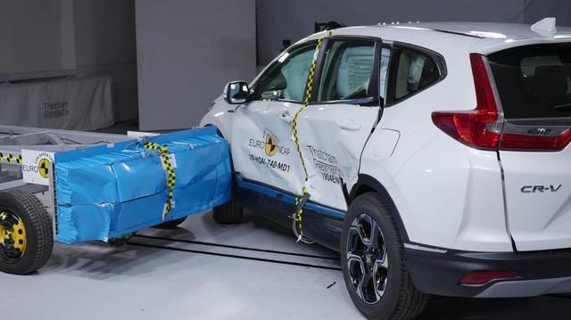 Honda CR-V 2019 gây choáng khi an toàn hơn cả Mercedes-Benz G-Class 2019