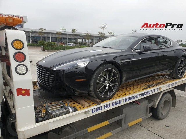 Aston Martin Rapide S màu đen đầu tiên về Việt Nam dành cho đại gia thích sự khác biệt - Ảnh 2.