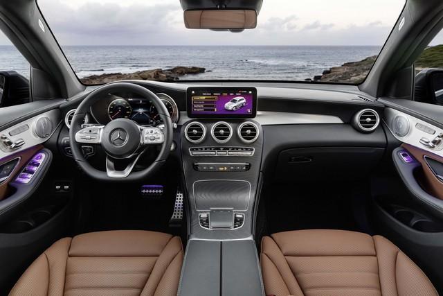 Ra mắt Mercedes-Benz GLC 2020: Dùng bình mới rượu cũ để giữ đà bán chạy nhất - Ảnh 5.