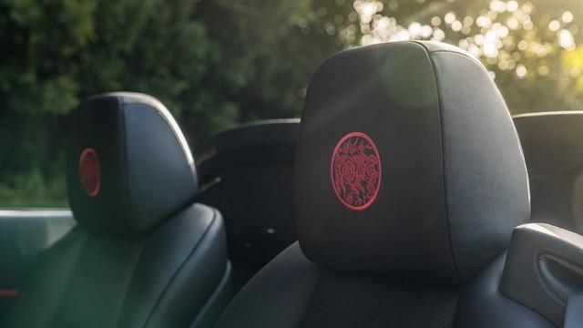 Rolls-Royce giới thiệu phiên bản Năm con lợn: Liệu đại gia Việt nào sẽ mạnh tay vung tiền? - Ảnh 9.