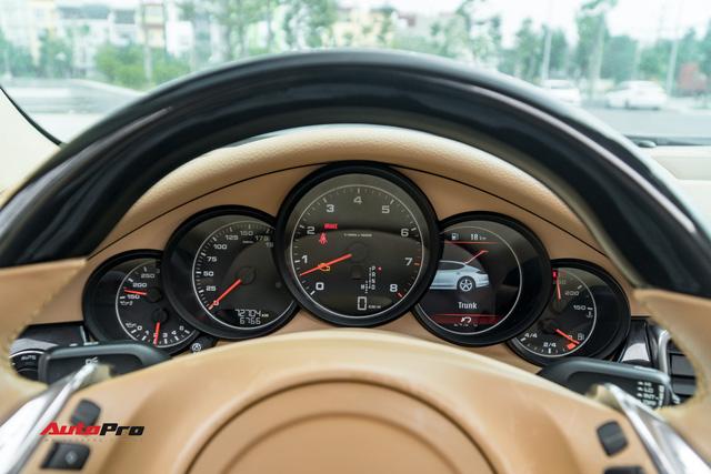 Sau 9 năm tuổi và 7 vạn km, Porsche Panamera vẫn đắt ngang Mercedes-Benz C300 AMG - Ảnh 8.