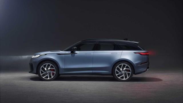 Khách hàng chỉ còn một năm để mua chiếc Range Rover Velar SVAutobiography mạnh nhất này - Ảnh 3.
